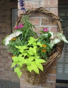 What a great idea for the baskets we have...www.countrylanesagharbor.com