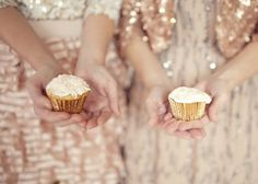 Edible glitter = the most glamorous cupcakes ever