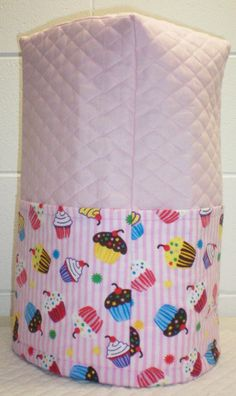 Check out this item in my Etsy shop https://www.etsy.com/listing/161809916/pink-quilted-cupcake-cover-for-ninja