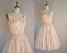 """cute....kinda reminds me of that dress """"Baby"""" wore in Dirty Dancing"""