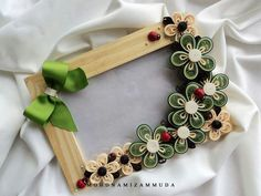 #papercraft #quilling Photo frame by Mohd Namizam