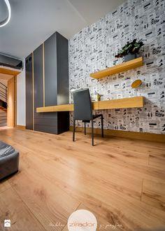 Wystrój wnętrz - Kuchnia ze strefą gotowania - pomysły na aranżacje. Projekty, które stanowią prawdziwe inspiracje dla każdego, dla kogo liczy się dobry design, oryginalny styl i nieprzeciętne rozwiązania w nowoczesnym projektowaniu i dekorowaniu wnętrz. Obejrzyj zdjęcia! Wardrobe Storage, Home Accessories, Conference Room, Bedroom, Furniture, Children, Home Decor, Design, Young Children