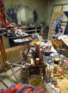 "Art studio of Francis Bacon. Another pinner remarked that ""this makes me feel so much better about my studio""! :) I agree. Artist Life, Artist Art, Artist At Work, Max Ernst, Francis Bacon Studio, Studios D'art, Artist Workspace, Robert Motherwell, Cy Twombly"