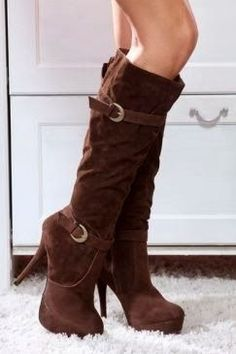 65 Brown double buckle calf round toe high boots | Fashion World