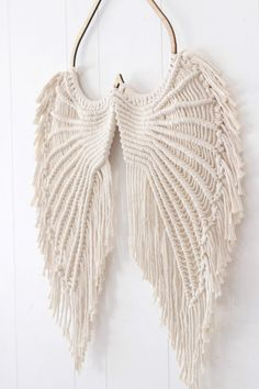 Angel Wings Macrame- Macrame Wallhanging- Angel Wings Wall Decor- Angel Wings Art- Macrame Wall Decor- Angel Wings – Keep up with the times. Etsy Macrame, Macrame Art, Macrame Design, Macrame Projects, Macrame Jewelry, Macrame Mirror, Macrame Curtain, Macrame Knots, Angel Wings Art