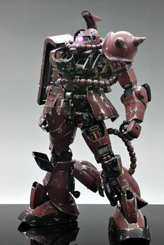 PG 1/60 MS-06S Char's Zaku II - Battle Damage Build w/ LED Modeled by Suny Buny CLICK HERE TO VIEW FULL POST...