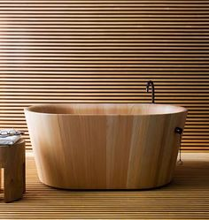 wooden bathtub 2