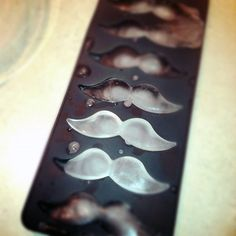 Mustache Ice Cube Tray » Design You Trust – Design Blog and Community