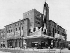 The Titania-Palast opened on January 1928 for vaudeville shows and movies. Kino Berlin, The Second City, West Berlin, Call Of Cthulhu, East Germany, Palaces, Cities, Photographs, Art Deco