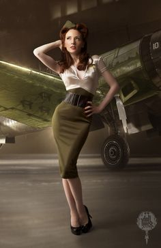 Pin-Up - Carrie Ann by Doll House Photography - visit our page for more vintage eye-candy!