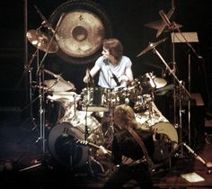 THIN LIZZY - LIVE Thin Lizzy, Golden Earrings, Drums, Musicians, Music Instruments, Live, Concert, Percussion, Drum