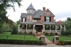 Haywood Privott House 1900 Queen Ann Home by King Kong 911, via Flickr
