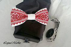 Červeno-biely motýlik Cross Stitch Flowers, Folk, Tie, Accessories, Beautiful, Bracelets, Ideas, Ties, Punto De Cruz