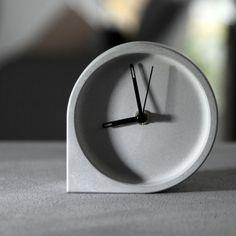 覺一FONE清水混凝土水泥座鐘 鐘錶 水泥臥室檯鐘靜音座鐘 包郵