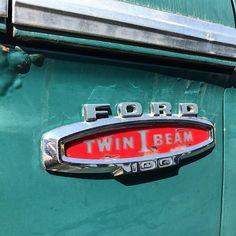 #ford #truck #vintage #logo #type #emblem #ephemerotica Vintage Auto, Vintage Cars, Logo Type, Chevrolet Logo, Nissan, Ford, Trucks, Logos, Truck