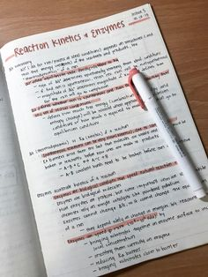College Notes, School Notes, How I Take Notes, School Study Tips, School Tips, Study Inspiration, Study Ideas, Improve Your Handwriting, Beautiful Notes