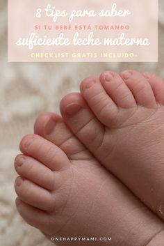 Existen diferentes formas para saber si tu bebé está tomando suficiente leche materna. Esta es una lista de las mejores...