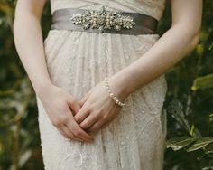 Swarovski Classic Pearl Bracelet, Loretta Bridesmaid Bracelet, Wedding Bracelets, Embellished Wedding Gowns, Simple Gowns, Handmade Wedding, Wedding Bridesmaids, Fashion Advice, Luxury Wedding, Wedding Styles