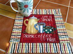 mug rug with center square