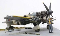 Scale models i like to see — Crazy 1/24 model build by modeler Mike Garamond...