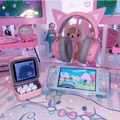Gamer Setup, Gaming Room Setup, Pc Setup, Gaming Chair, Cute Room Ideas, Cute Room Decor, Accessoires Ipad, Kawaii Bedroom, Game Room Design