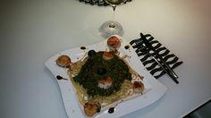 Spinat auf Bavette mit Jacobsmuscheln