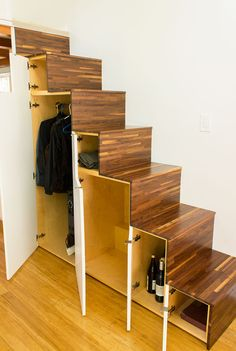 Hikari-Box-Tiny-House-Tansu-Storage-Stairs-Open The Hikari Box is a modern tiny house design with an open floor plan, tons of light, and a relatively simple construction process. Modern Tiny House, Tiny House Living, Tiny House Plans, Tiny House Design, Tiny House On Wheels, Japanese Tiny House, Living Room, Japanese Home Design, Simple House Design