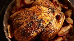 Pečeno pile sa jabukama i grožđicama Lidl, Ale, Food And Drink, Pork, Turkey, Chicken, Meat, Cooking, Recipes