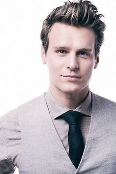 Jonathan Groff ...he is gorgeous, lucky spock!!!
