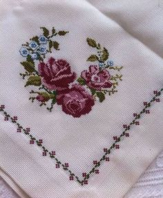 Cross Stitch - Dear Mom,Quotation Modify apparel with embroidery - how it performs Your own personal style and self-fulfillment through style have never performed a greater r. Cross Stitch Beginner, Tiny Cross Stitch, Cross Stitch Letters, Cross Stitch Borders, Cross Stitch Samplers, Cross Stitch Flowers, Modern Cross Stitch, Cross Stitch Kits, Cross Stitch Designs