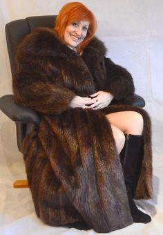 Sable Fur Coat, Fox Fur Coat, Fabulous Furs, Deep Winter, Ginger Hair, Redheads, Leather Boots, Womens Fashion, Fur Fashion