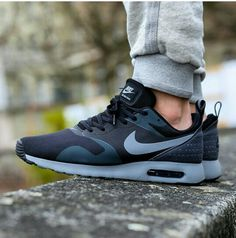 best website 0fb6f 5d09e Nike AirMax Tavas, black cool grey OMO!! These are just perfect for