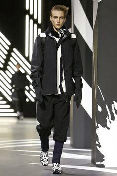 Y-3 Menswear Fall Winter 2014 Paris - NOWFASHION