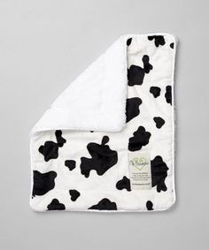 This super-soft security blanket is destined to become a lucky little one's constant companion thanks to luxurious features such as creamy velour and fantastically cozy faux fur.