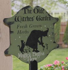 Olde Witches Herb GARDEN Decorative Sign/w/stake
