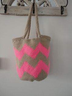 crochet bag....jess can you make me one??:)