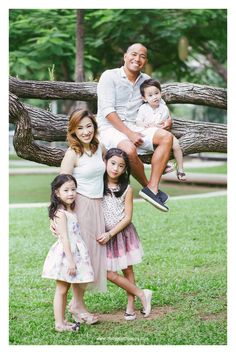 """""""Your family will always be your strength and your weakness..""""  Family  Photoshoot at Ayala triangle, Makati. #portraitsbyiBaby #FamilyShoot #AyalaTriangle #FamilyPhotoshootPh #outdoorShoot #OutdoorShootPh  follow us on instagram: @ibabyphotography ibabyphotography@yahoo.com www.ibabyphotography.com"""
