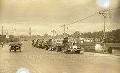 Dublin Ireland, White Photography, Transportation, Scenery, Trucks, London, Black And White, Street, Paisajes