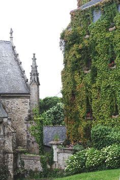 Never Forget!! Rochefort-En-Terre