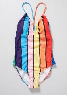 What to Pack for Paris, France - Packing Light - livelovesara Brown Purses, Black Purses, Paris Spring Outfit, Black Blouse, Black Pants, Red Wrap Dress, Travel Wardrobe, Packing Light, What To Pack