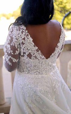 ROMANTIC LACE PLUS SIZE WEDDING DRESS WITH LONG SLEEVES Plus Size Wedding Dresses With Sleeves, Fall Wedding Dresses, Wedding Dress Sleeves, Wedding Dress Shopping, Boho Wedding Dress, Designer Wedding Dresses, Gown Wedding, Lace Sleeves, Dress Lace