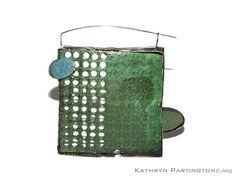 Kathryn Partington -Jewellery - Suspended in Green - Reversible Brooch