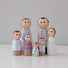 Wood Peg Dolls, Clothespin Dolls, Doll Crafts, Fun Crafts, Wooden Pegs, Wooden Man, Diy Toys, Toys For Girls, At Least