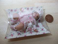 dolls house ooak sculpt baby girl +bunny, 1/12 scale