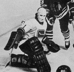 Rare photo: Murray Bannerman playing for the Vancouver Canucks. Vancouver Canucks, Hockey Games, Hockey Goalie, San Jose Sharks, Nhl, Nascar, Goalie Mask, Wayne Gretzky, Sports Figures