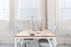Everlane-Studio-Office-Space-Remodelista-5 (SAYL desk chair in white/grey)