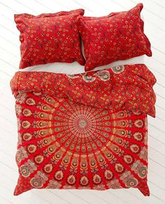 Bohemian Red Life Flower Indian Queen Size Duvet Bedding 3 Piece Set Mandala Boho Hippie Bedspreads Tapestry and 2 Pillow Cases - Free Shipping