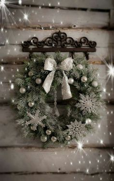 Christmas Flowers, Christmas Diy, Christmas Wreaths, Merry And Bright, Scandinavian, Joy, Holiday Decor, Inspiration, Holidays