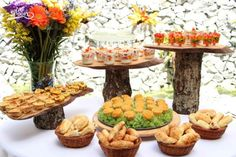 mesa_desayuno Catering, Table Decorations, Furniture, Home Decor, Breakfast, Mesas, Decoration Home, Catering Business, Room Decor
