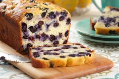 Sweeten up your family's day with our Lemon-Blueberry Bread Recipe. This Lemon-Blueberry Bread Recipe makes use of a great combination of fruit flavors. Kraft Recipes, Bread Recipes, Cake Recipes, Snack Recipes, Dessert Recipes, Brunch Recipes, Lemon Recipes, Dessert Bars, Dessert Ideas
